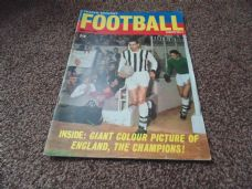 Charles Buchan's Football Monthly, February 1967